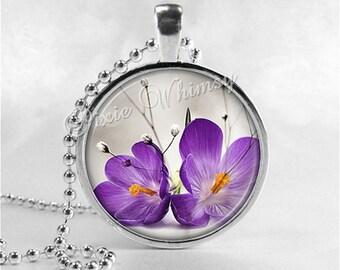 FLOWER Necklace, Flower Pendant, Flower Jewelry, Flower Charm, Glass Art Pendant Necklace, Purple Flower