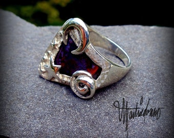 The Wizard's Ring - Sterling Silver and Agate Gemstone