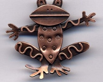 Frog Brooch in Copper Finish