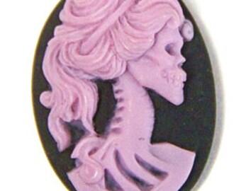 6 pcs resin lady skull cameo -18x25mm-RC0170-9-lilac on black
