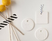 BABY : small round white gift tag (set of 6)