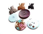 Button Assortment, 7 pieces, mapel leaves, blue, brown, pink, teal,