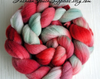 SALE 4 oz Rambouillet Wool Roving, Combed top, Hand Painted Roving for Spinning or Felting, Rambo, Cranberries and Sage
