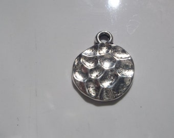 SALE 10 hammered DISC charms.  14mm x 17mm.  (ZA12)