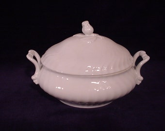Kaiser NICOLE Oval Covered Serving Bowl