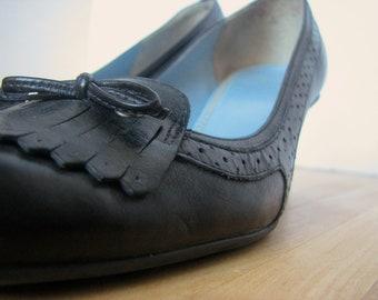 Vintage Womens Black Heels /  Fringe Heels / Black Loafers / Squaretoe classic heels / size 6 and a half