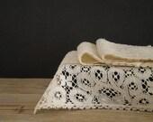 VINTAGE lace doilies lot, lot of 3, serving doily, delicate fine art, handmade, fine white linen, made in Belgium - viadeinavigli