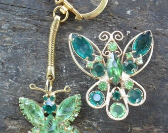 """Vintage late 1970s to early 1980s Butterflies - Brooch and Keychain in Green 1 1/2"""" - 1 3/4"""", Kitsch, Kawaii, Vintage, Hippie, Boho, Retro"""