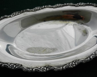 Vintage Silver Plate Serving Dish Wm A Rogers