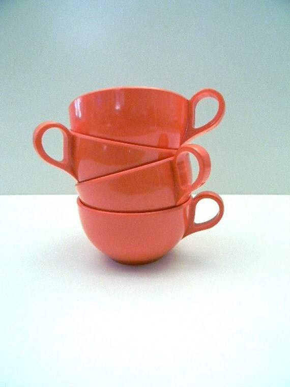 vintage mid century coral melamine cups set of 4