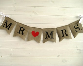 MR & MRS burlap banner - Wedding Banner -Wedding GARLAND - wedding sign- Photography prop- mr and mrs rustic Wedding banner- rustic wedding