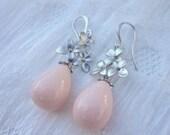 Swarovski Crystal Pearl Drop. pink pearl drop earrings. flower earrings pearl. bridal jewelry. pearl earring dangle. pearl swarovski jewelry