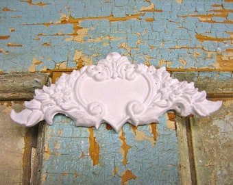 Dollhouse Miniature Architectural Wall Crest