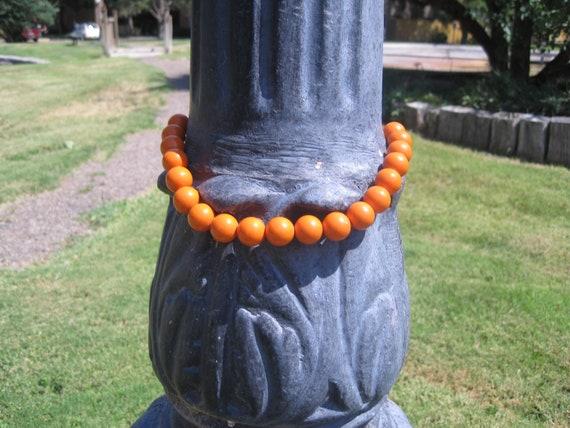 Vintage Womens Round Ball Orange Retro Choker Necklace