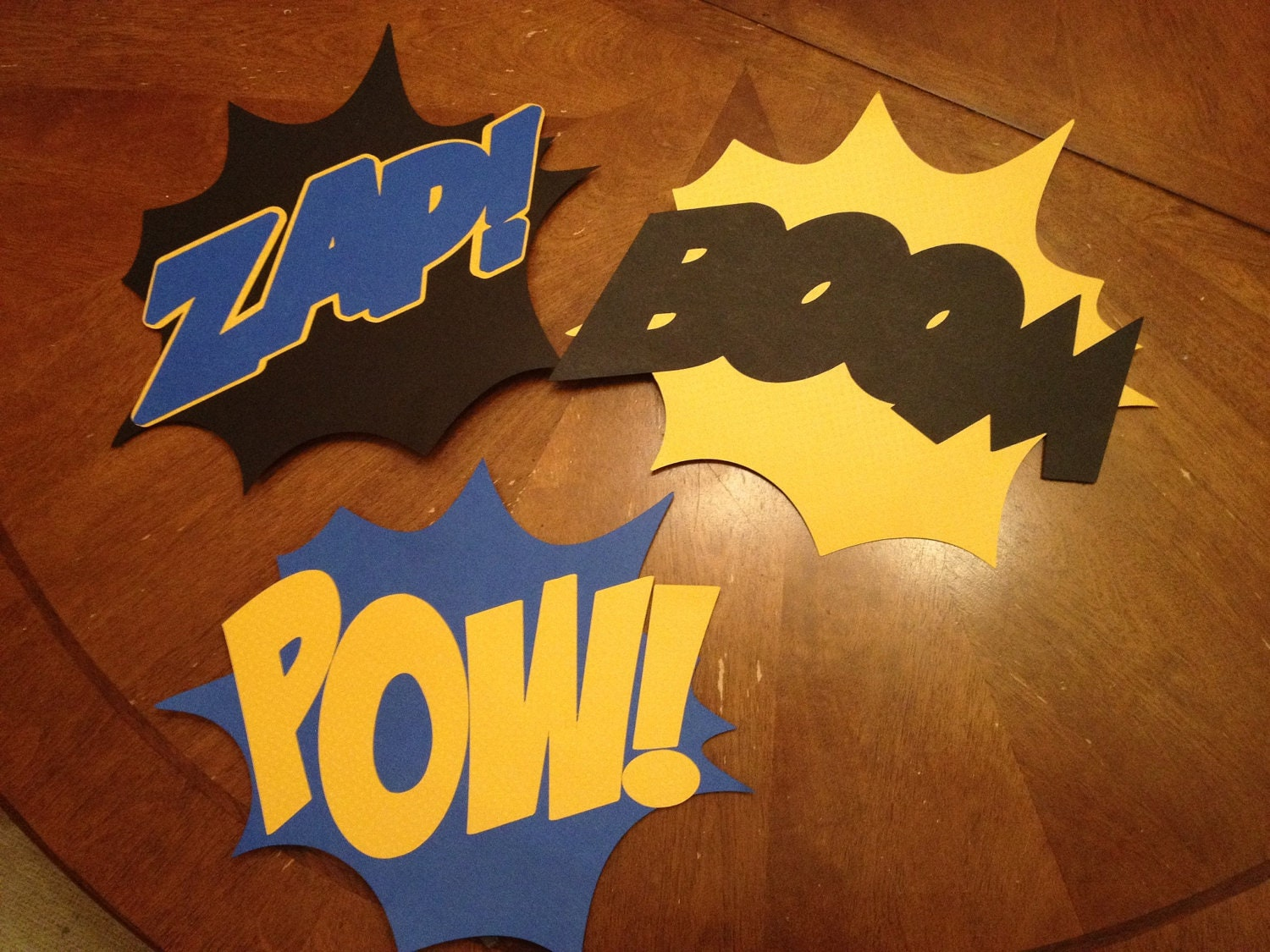 Batman/Superhero Fight Signs Zap Boom Pow