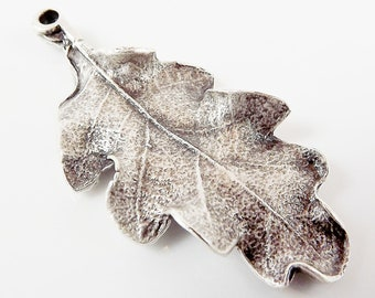 Oak Leaf Pendant Charm - Silver Plated - 1PC - SP121