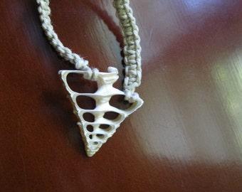 The Sydney - Macrame Necklace