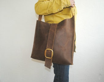 Brown Natural Leather Tote Bag with matching wallet