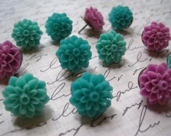 Flower Thumbtacks, Cork board Tacks, Pretty Pushpins, Decorative Office Supplies,  Housewarming Gifts, Hostess Gifts, Wedding Favors