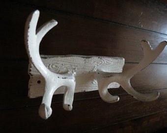 Cast Iron Antler Hook Rack / Faux Wall Antlers / Antique White or Pick Color / Metal Entrance Foyer Wall Hanger / Cabin Rustic Decor