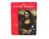 Mona Lisa - Louvre Museum Guidebook - Paris Travel Guide - Art - Leonardo Da Vinci - Prop