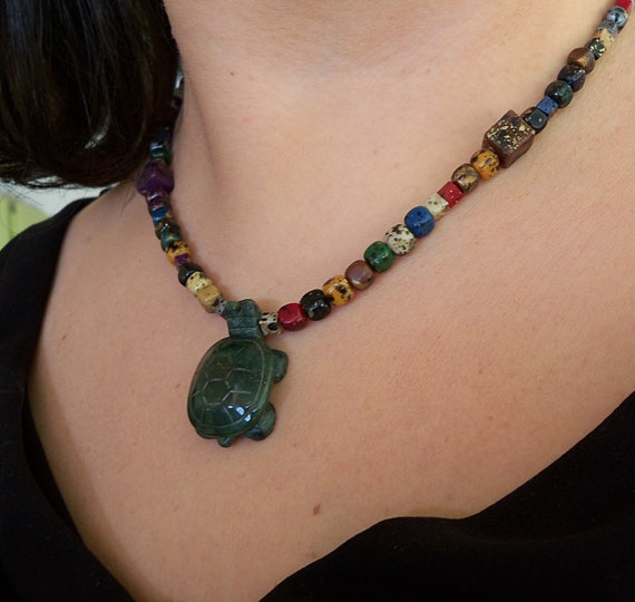 Green Turtle Necklace - Colorful Beads