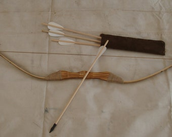 "Children's Bamboo and Wood bow and arrow set with 4 - 18"" arrows and Leather Quiver  FREE SHIPPING"
