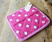 Pink with White Dot Pot holders/Oven mitt