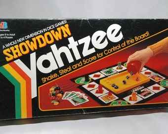 Showdown Yahtzee game from Milton Bradley 1991 COMPLETE (read description)