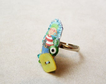 Pirate boy ring, handsewn, printed fabric  and mother of pearl, adjustable ring