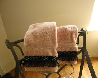 Pink and Black Laced Guest Hand Towels