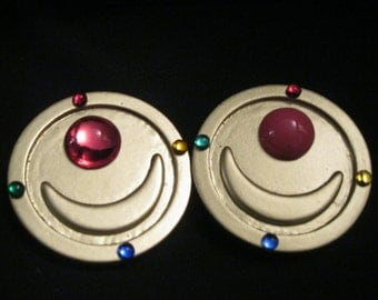 Sailor Moon first brooch (version ANIME)