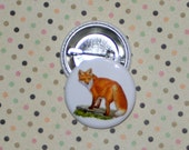 "Vintage Illustration-1.25 inch  Pinback button from Original Digital Art--""Vintage Fox on Stone"""