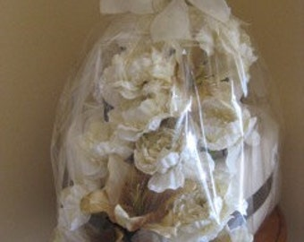 Towel Cake - Ivory & Brown
