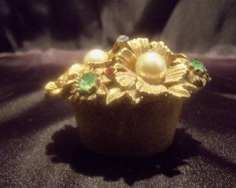 Tiny Ornate Gold Ring Box