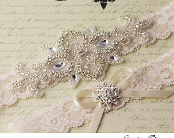 BEST SELLING Wedding garter set, Ivory stretch lace Bridal Garter set, Heirloom Rhinestone and Crystal garters
