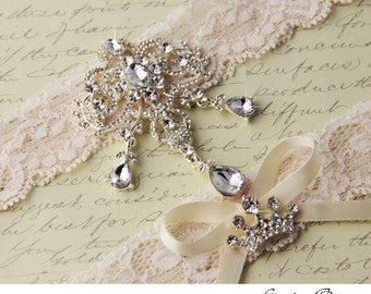 Ivory Lace Garter Set, Wedding Garter Set, Bridal garter Set, Rhinestone Garter, Ivory Garter, Broach garter