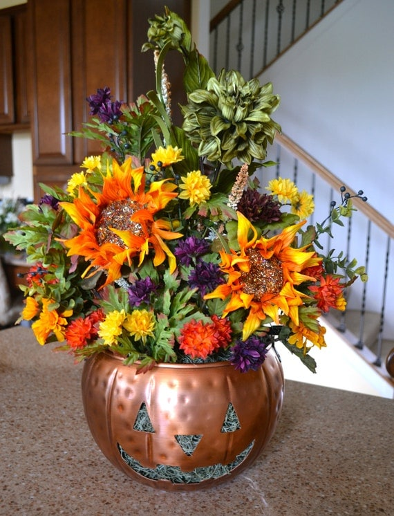 Halloween pumpkin floral arrangement sunflowers dahlia