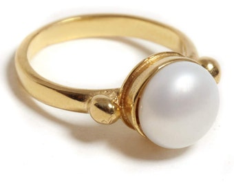 14K gold ring, Bridal ring, Pearl engagement ring , Romantic ring, Fine jewelry, Wedding jewelry, Solid gold white pearl ring, Bridal ring