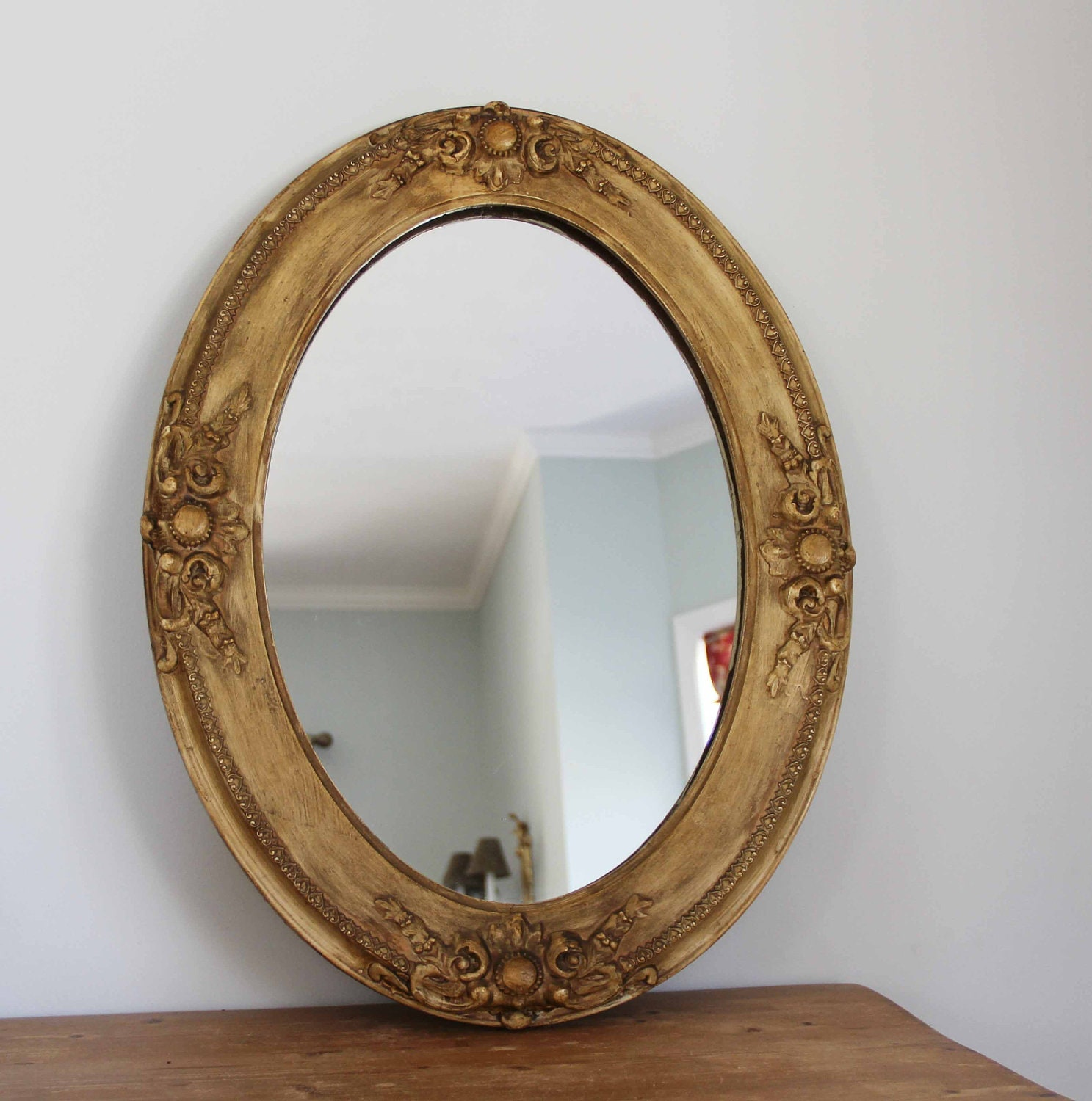Antique Oval Wall Mirror With Carved Wooden Frame By