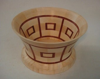 Maple Segmented bowl with red Mahagony