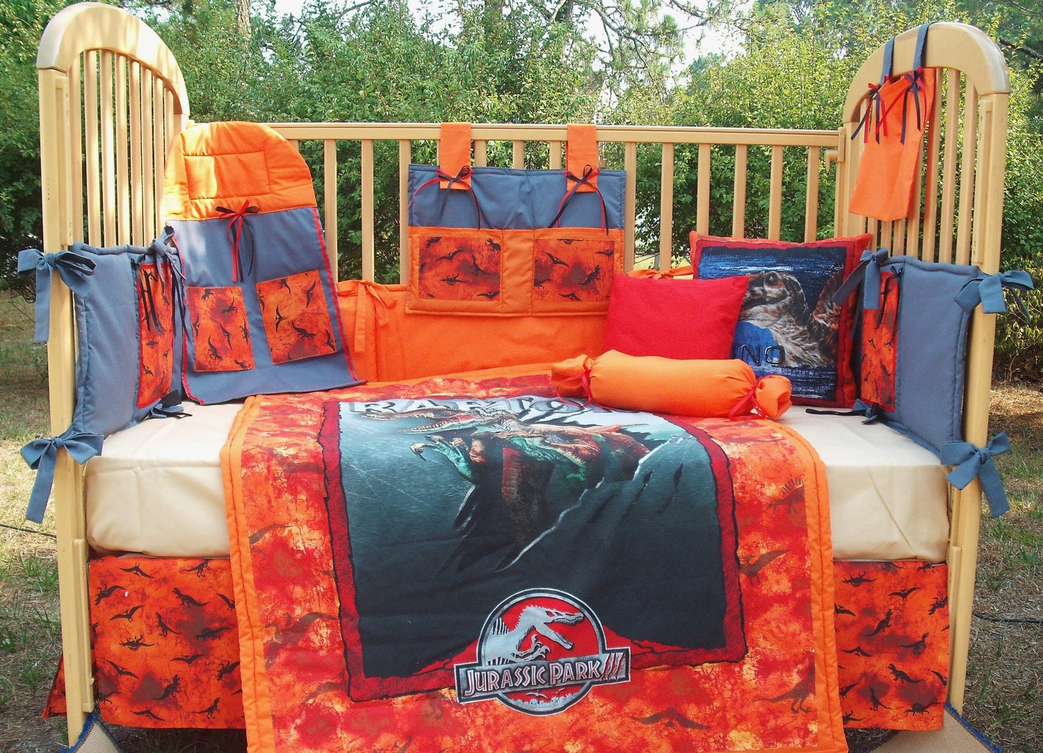 Jurassic Park Dinosaur 10 Piece Baby Bedding By