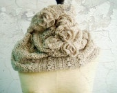 PDF CROCHET PATTERN Cowl Infinity Loop Circle Scarf Beige Cream Neutral with Roses 1