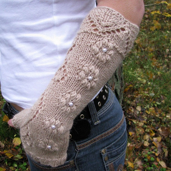 Long Arm Warmers Knitting Pattern : Knit fingerless gloves with lace pattern long wool by wooolmint