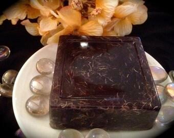 Soap Moonlight Pomegranate - LOOFAH OR PLAIN