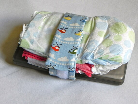 diaper holder carrier wipes holder cloth diaper strap. Black Bedroom Furniture Sets. Home Design Ideas