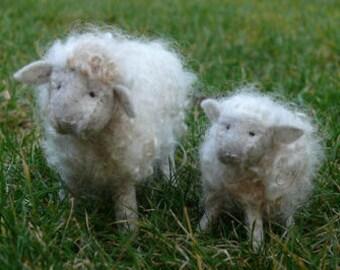 Woolly sheep - white - DIY kit