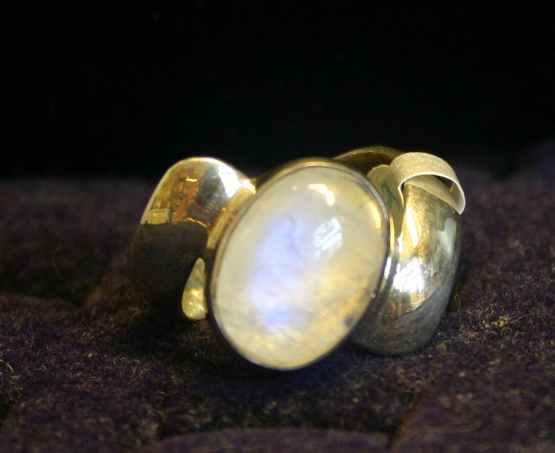 silver ring with moonstone size 9 and 1 2 unique by jetarts