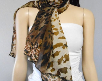 Adorable Leopard Print Long  Neck Scarf