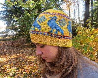 Wool hat with birds